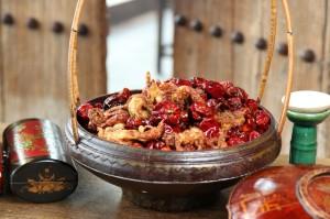 HT02F. Red Lantern Crispy soft shell cab Sichuan dried chilli small