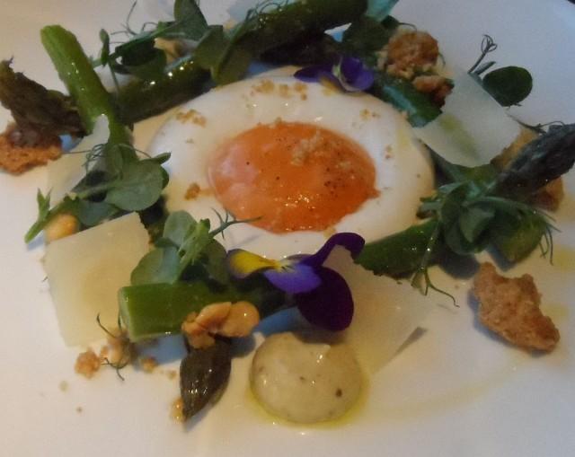 Asparagus and smoked egg yolk