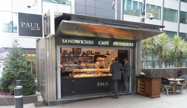 Outdoor take-away kiosk is located next to the external terrace area